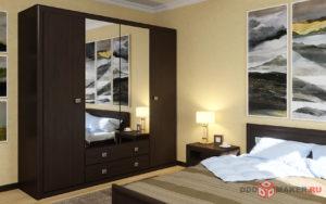 Четырехдверный шкаф с зеркальными дверями